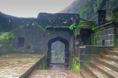 Doors inside Loahgad fort