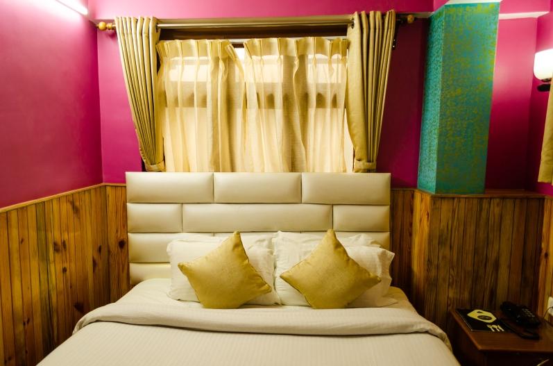 Mount Royale hotel room